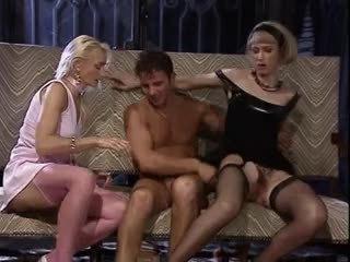 skupinový sex, trojka, ročník