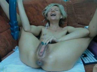 Big dildo big squirt