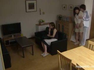 Japansk tenåring takes en kuk