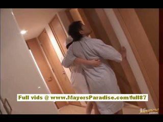 Rio hamasaki azijke medicinska sestra v uniforma gets muca licked