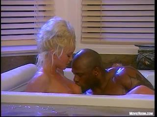 เซ็กส์ระหว่างคนต่างสีผิว เพศสัมพันธ์ สำหรับ silvia saint
