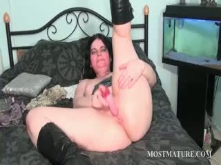 Nasty Mature Vibrating Her Clitoris