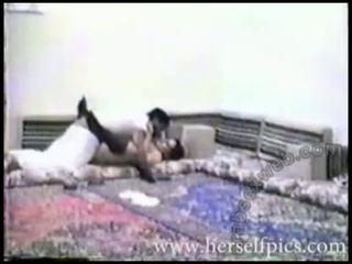 Sexuálny sliedič arab pár