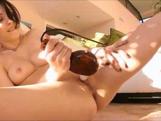 brunetka, kobiecy wytrysk