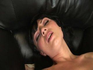 Ava rose masturbates με ένα ωραίος μεγάλος dildo