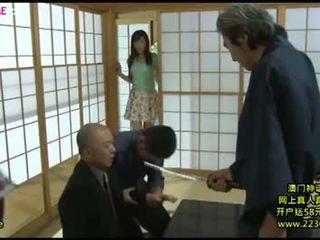 Japanisch groß ehefrau rallig gangbang 8