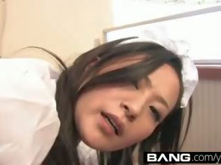 Bang.com: hooters japonesa meninas obter railed