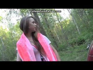 Napalone students pieprzyć w the woods