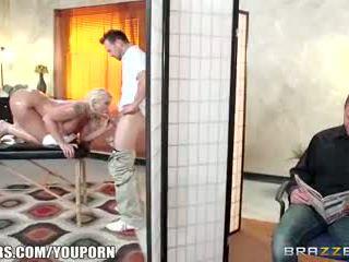 Brazzers - leya falcon gets fodido por dela masseuse