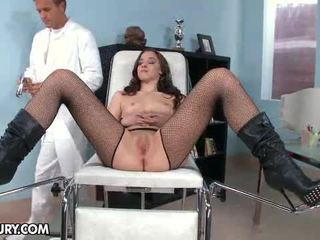 Nobody knew why amirah adara likes to go to gynecological.