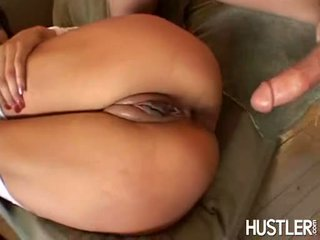 She Loves To Open Her Ass Hole