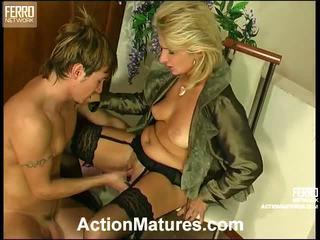 Agatha rolf vilain mère en action