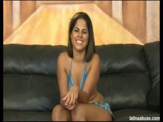"""Elana është the me erëza faced 19 vit moshë e pjekur kubane, definitely lacking në një titty departamenti, por overall worth the bangin. she went nice in """"cock shock"""" 10 seconds after being onto her knees. its lik"""
