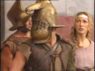 Rita faltoyano とともに a gladiator pt2