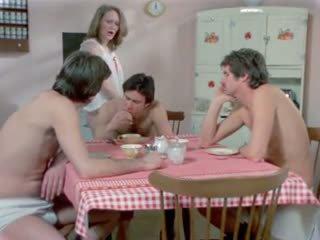 Van an amerikaans playgirl 1975 (cuckold, dped) mfm