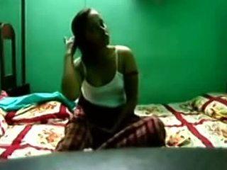 Indian Kolkata univ babe scandal with bf