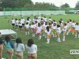Subtitled bottomless ulkona japani schoolgirls assembly