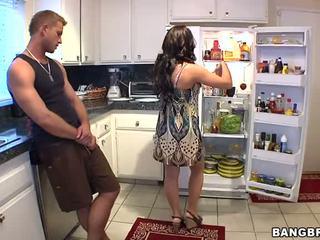 他妈的, 厨房, horny mom