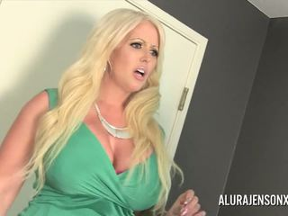 Alura jenson gets مارس الجنس بواسطة خنثى jessy dubai: عالية الوضوح الاباحية 4c