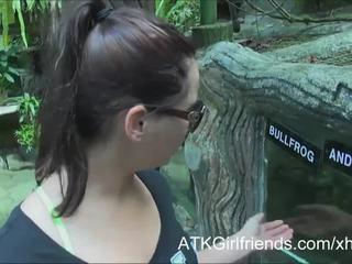 Εσείς σπέρμα επί ελπίδα howell's γυαλιά επί διακοπές σε malaysia