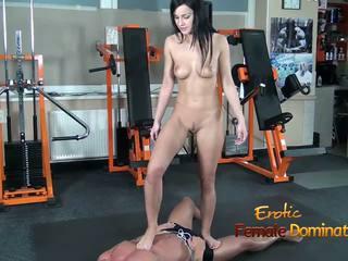 Abbie cat tramples na niewolnik w dżinsy następnie nagie: hd porno b8