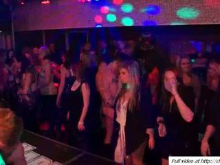 Loca interracial y otro sexo en fiesta vídeo