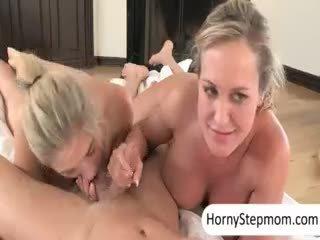 vergiye tabi büyük göğüsler büyük, büyük oral seks görmek, ideal üçlü izlemek