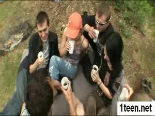 Alluring teenie getting gaped কঠিন