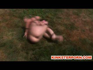 Bdsm niewolnik elise graves pervert lewatywa punishment na zewnątrz whipping i zniewolenie