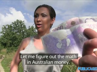 Publicagent stranded auzzie với to tits fucks vì tiền