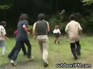 japanse controleren, meest interraciale mooi, publiek vol