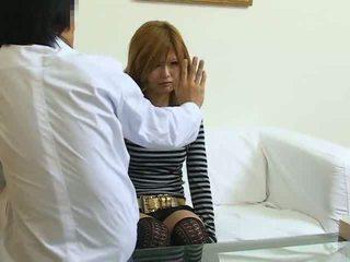 Hypnotisé japonais fille baisée