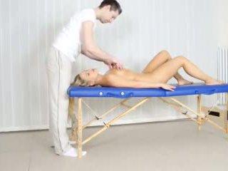 pompino, massaggio erotico, sborrata