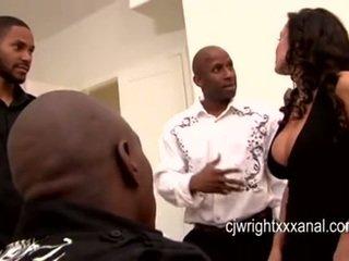 Lisa ann - ভদ্রমহিলা মিলফ gangbanged দ্বারা blacks guy