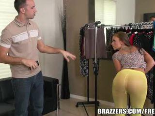 Brazzers - whitney 看 大 在 tights