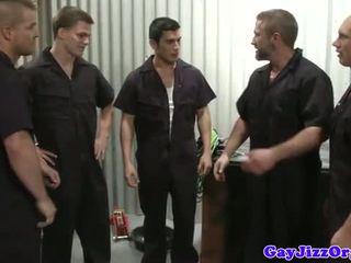 Sperma loving mechanics in workshop sikiş