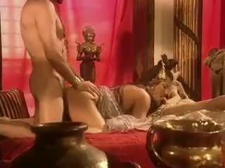 Holly ciało has seks w egypt