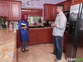 巨乳 arab 青少年 gets 一 熱 附帶 filling