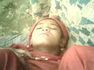 Northindian meisje got neuken met haar co-worker in tent