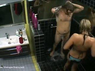Selesai gadis di bikini soaps naik telanjang boyfriend