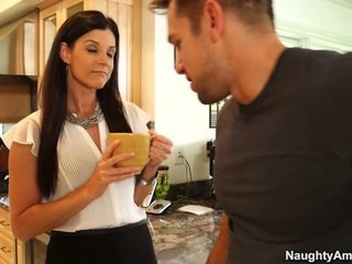 Teeny Hooter Mommy Id Like To Make Love India Summer Screws Stud